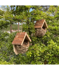 Set of 2 Woven House Martin Bird Nesters with Roof