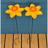 Cast Iron Daffodil Bird Feeder Flower Dish (Set of 2)