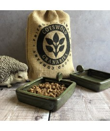 Hedgehog Nibbles Gift Set - 750g