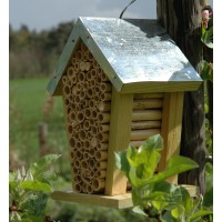 Bee House Nest with Zinc Roof