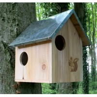 Squirrel Nest Box With Metal Roof