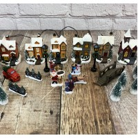 24 Piece Christmas Village Scene For Windowsills Or Mantlepieces