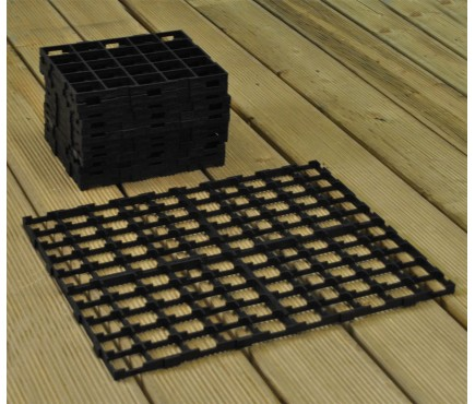 Interlocking Growbag Mat for Improved Drainage (set of 16)