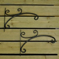 Factory Second Metal Hanging Basket Brackets (Set of 2)