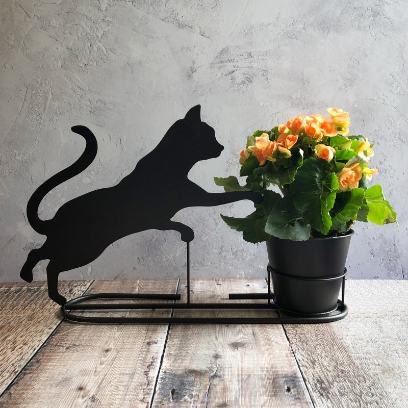 Playful Cat Plant Pot in Charcoal