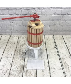 Traditional Fruit and Apple Press (6 Litre) with Straining Bag