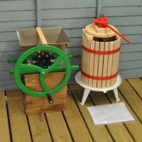 Manual Apple Scratter Pulper Pomace and Traditional Fruit and Apple Press (18 Litre) with Straining Bag