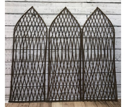 Set of 3 Willow Lattice Trellis With Gothic Top (120cm x 45cm)