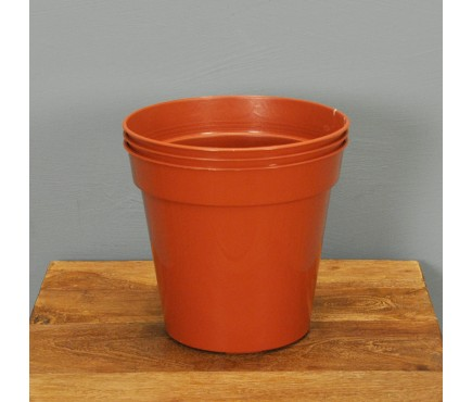 Round Plastic 15cm Plant Pots (Pack of 3) by Gardman