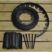 Flexible Plastic Garden Edging with 40 Pegs (10m)