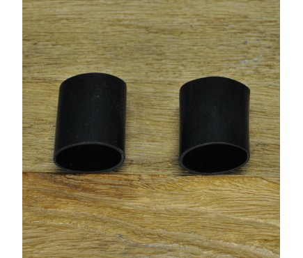 Set of Two Rubber Pole Connection Guards for Bird Feeding Stations