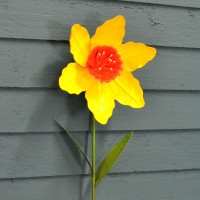 Daffodil Metal Garden Stake by Smart Garden