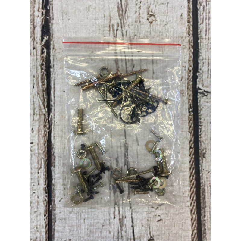 Replacement Fixings Pack for GFH799 Wooden Well Planter