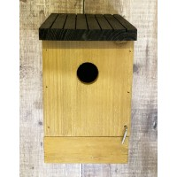 Single Traditional Wooden Bird Nest Box Birdhouse with Removable Base