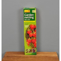 Garden Fruit and Crop Protection Netting (6m x 2m) by Gardman