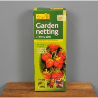 Garden Fruit and Crop Protection Netting (10m x 4m) by Gardman
