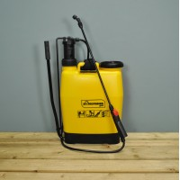 Garden Backpack Knapsack Pressure Sprayer (16 Litre) by Kingfisher