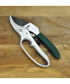 Ratchet Pruner Secateurs by Burgon and Ball