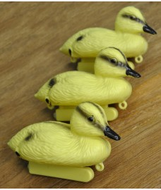 Yellow Duckling Hunting Shooting Floating Decoy Pond Decoration (Set of 3)