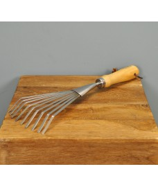 Hand Shrub Rake by Burgon and Ball