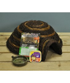 Igloo Hedgehog House Care Pack by Wildlife World